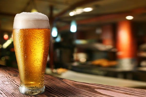 Fast Food Facts about Beer. 10 fast foods you won't buy ever after knowing how they are made