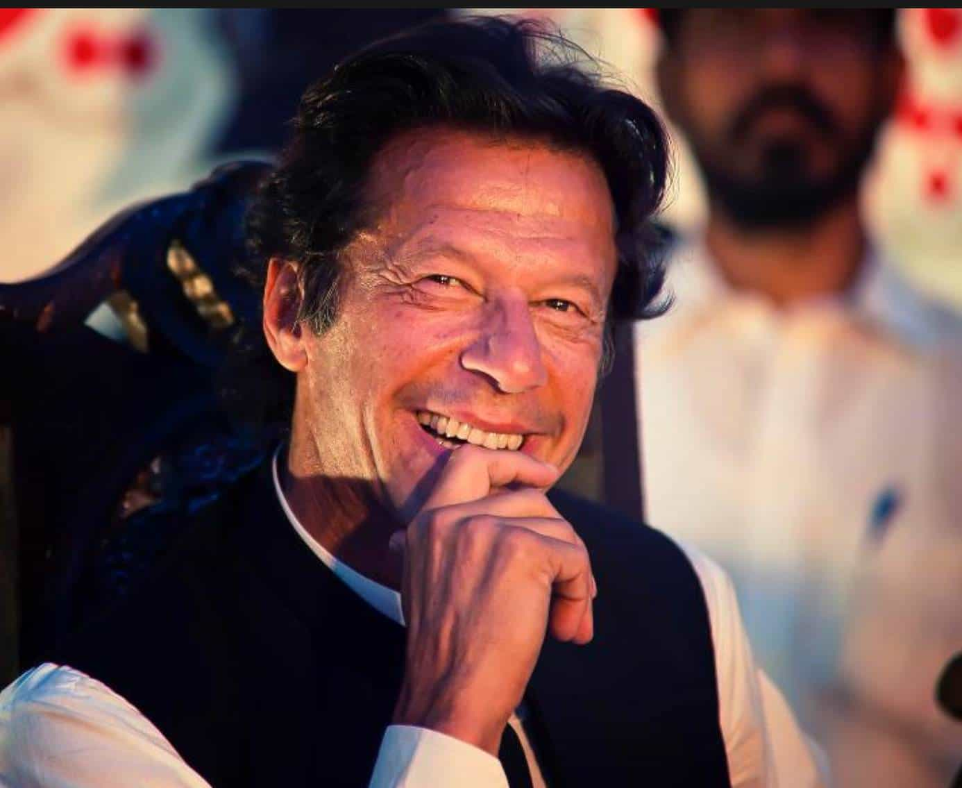 Imran Khan warns India out of concern and said many more attack like Pulwama can happenImran Khan warns India out of concern and said many more attack like Pulwama can happen