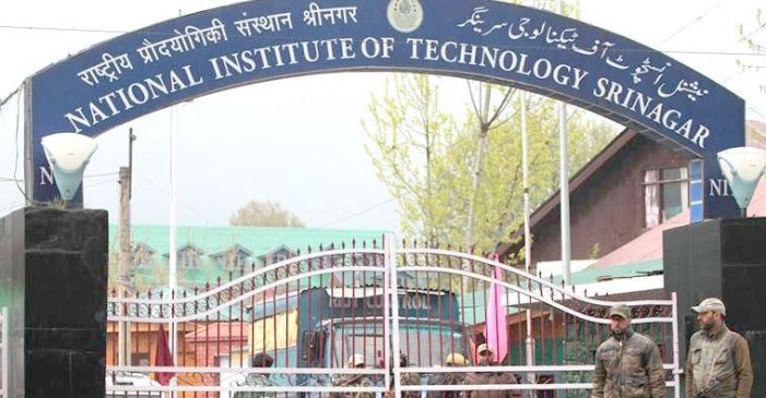 NIT, Srinagar cancels classes, asks nonlocals to evacuate
