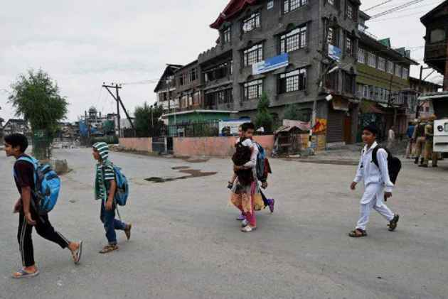 J&K Turmoil: School and colleges closed in kashmir