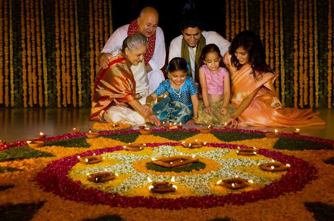 amazing ideas to make Diwali memorable  Give some time to your family