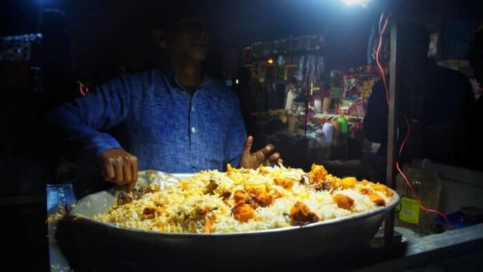 Best Street Food In Delhi: Connaught Place Street Food