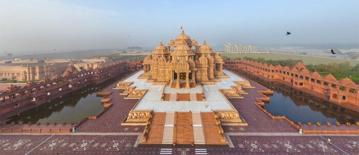 Best places to visit in Delhi with family: Akshardham Temple